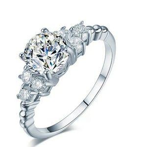 New Gorgeous Crystal CZ Wedding Ring